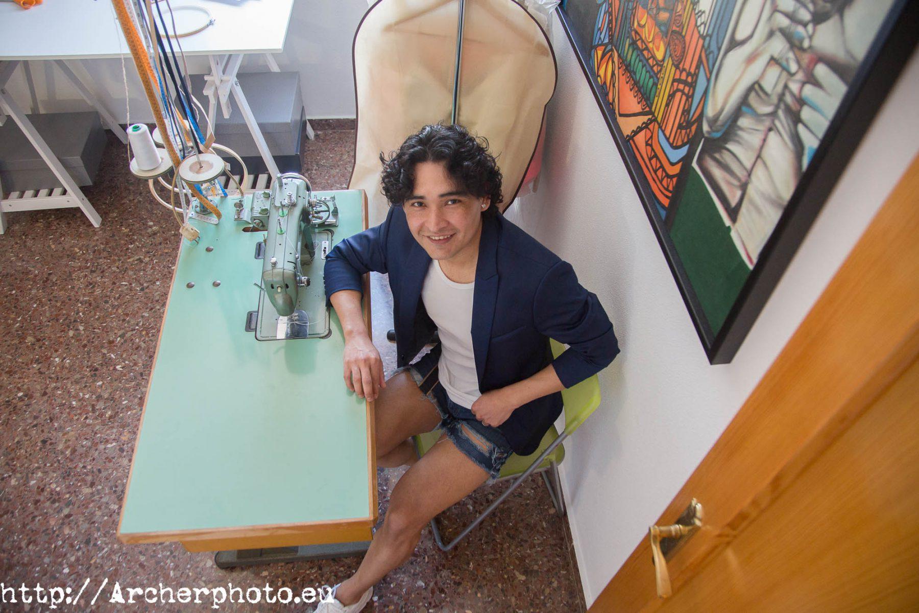 Pier Franco en su taller - importancia del retrato profesional