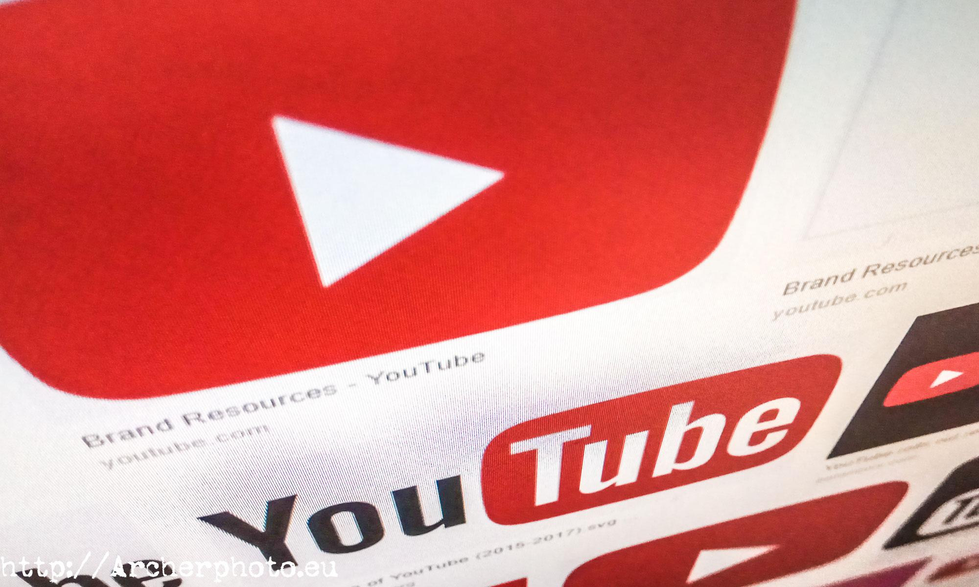 Composición sobre Youtube haciendo limpieza