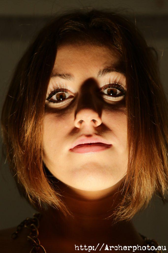 Irene en una imagen para el post tipos de iluminación en fotografía de Archerphoto, fotografos Valencia.