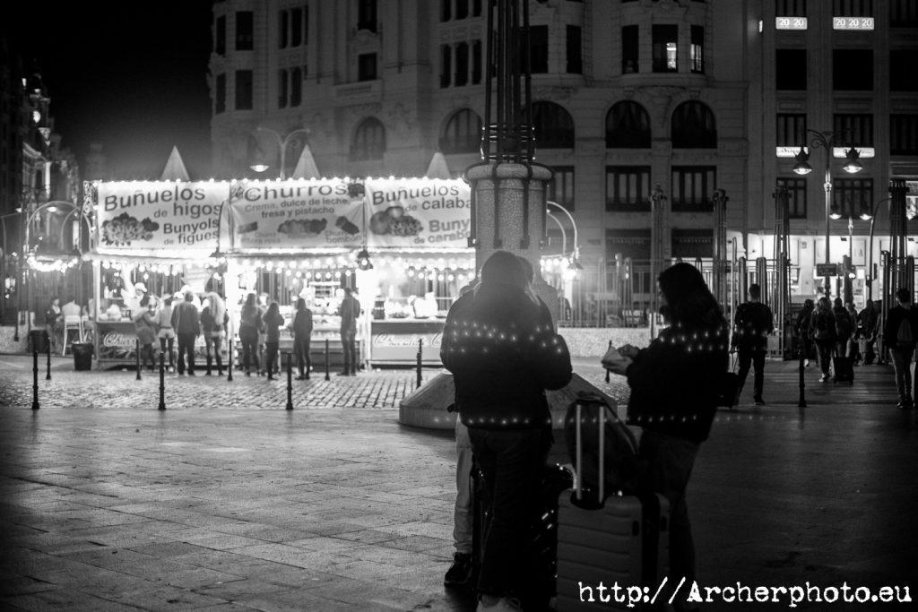 Un post con fotos de un montón de paradas de churros y buñuelos en València, por Archerphoto, fotografos Valencia
