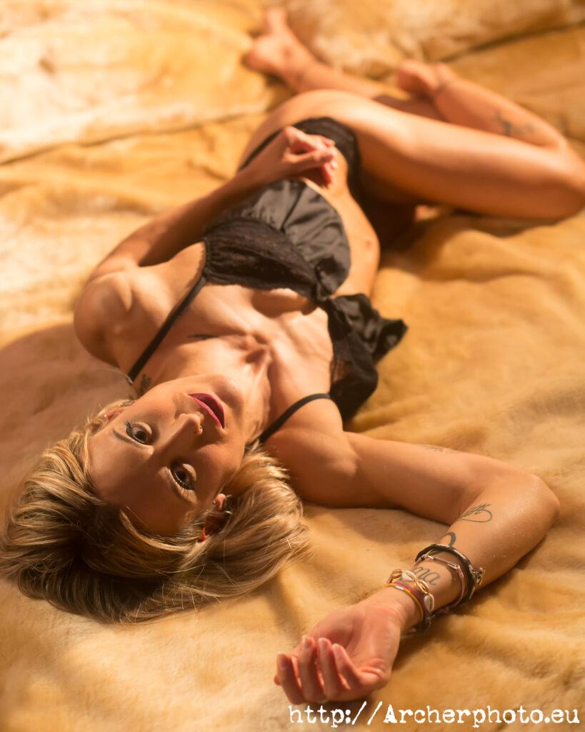sesión de fotos en València con Leticia, boudoir Valencia