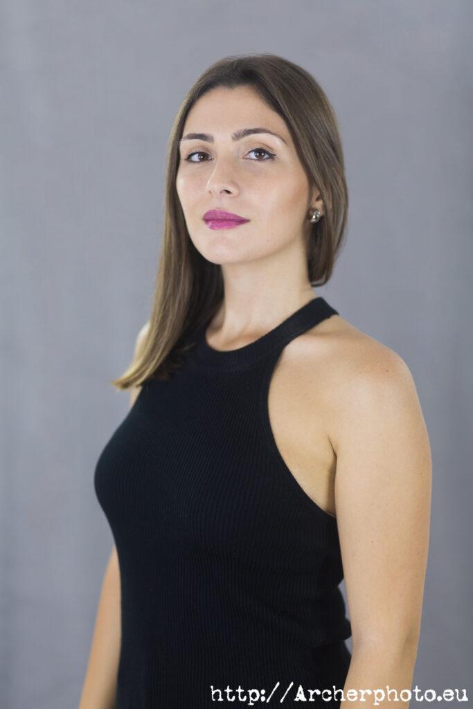 Iris Vidal, retrato corporativo, retratos profesionales y retratos corporativos en Valencia, por Archerphoto, fotógrafo para empresas