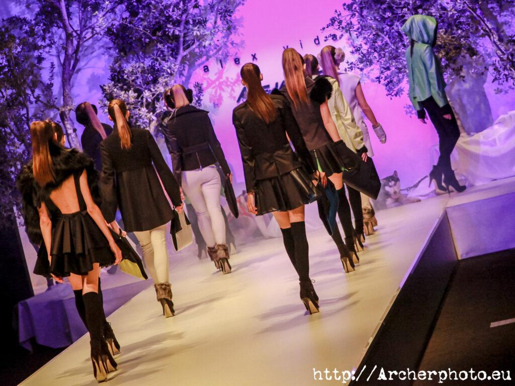Desfile en la Valencia Fashion Week por Archerphoto