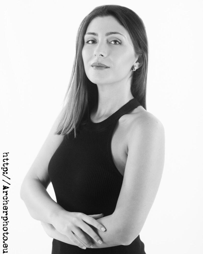 Iris, retrato corporativo de Archerphoto, fotógrafo para empresas en València.