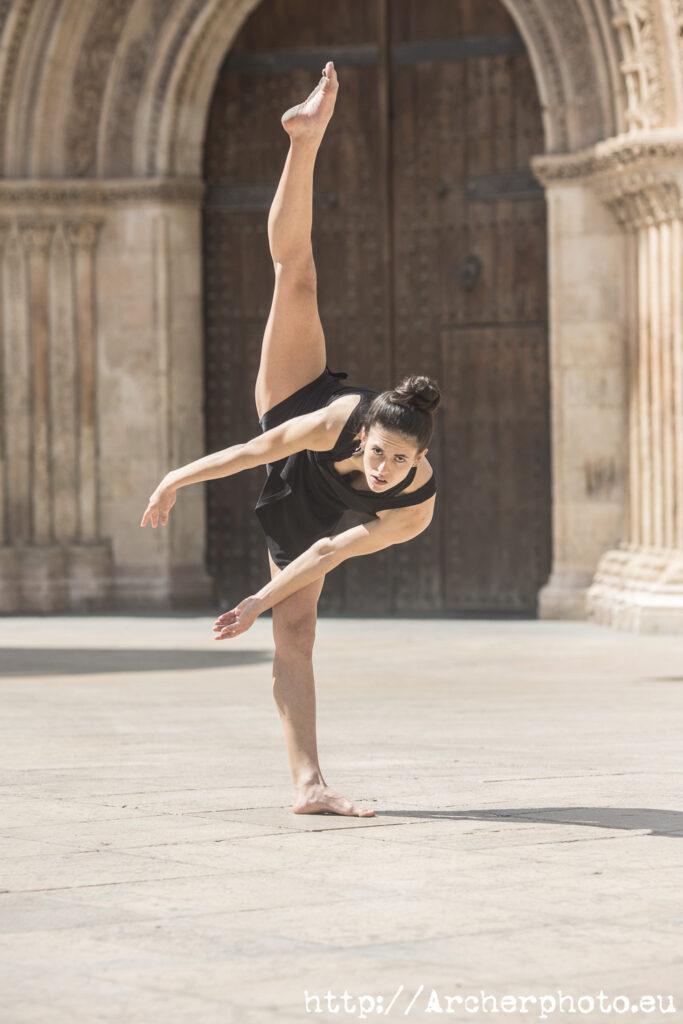 Estefanía Molina bailando en València, imagen de Archerphoto, fotografía danza, books danza València.