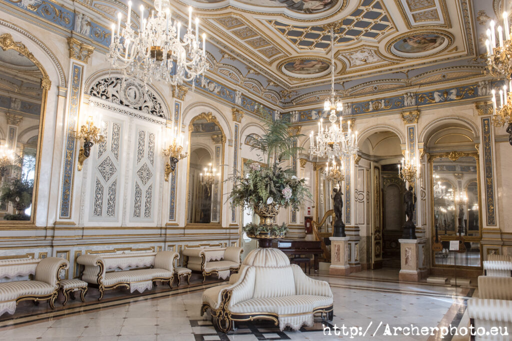 Museo del Marqués de Dos Aguas, València, para el post EOS R6 y lentes manuales de Archerphoto, fotógrafo profesional.