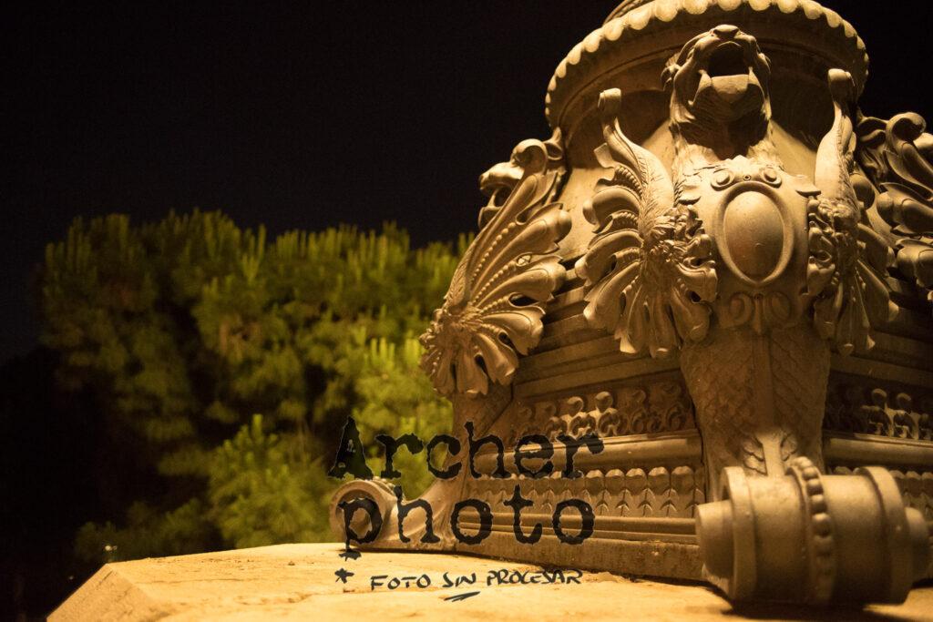 Una foto con el Canon 28 2,8 FD, realizada por Archerphoto, fotógrafo profesional en València, Farola, Foto sin procesar.